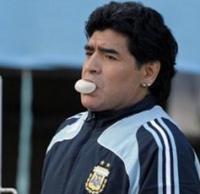Диего Марадона обнажается