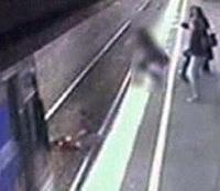 В Австралии 15-месячный младенец попал под поезд и выжил