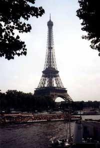 Мэрия Парижа против РПЦ
