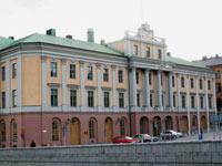 Швеция хочет вбить клин между Путиным и Медведевым