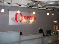 Facebook купит Opera