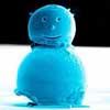 Учёные создали самого маленького снеговика в мире