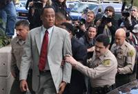 Лечащему врачу Майкла Джексона предъявлено обвинение