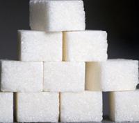 Средний человек потребляет 46 ложек сахара в день