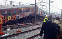 20 человек погибли при крушении поезда в Брюсселе