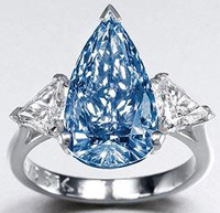 Редкий синий алмаз Де Бирс принесет 4 миллиона евро