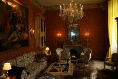 Недвижимость во Франции замок