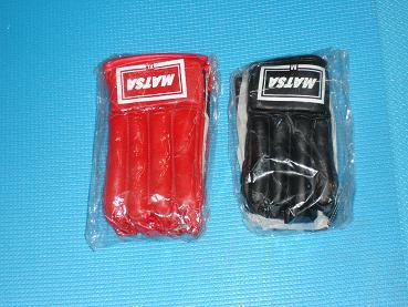 Боксерские перчатки MATSA
