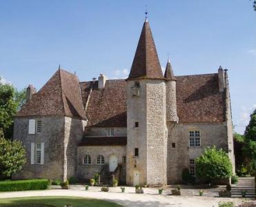 Замок во Франции купить