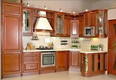 Шикарная кухня из дерева