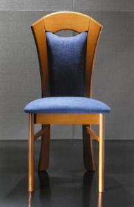 Деревянный стул из бука