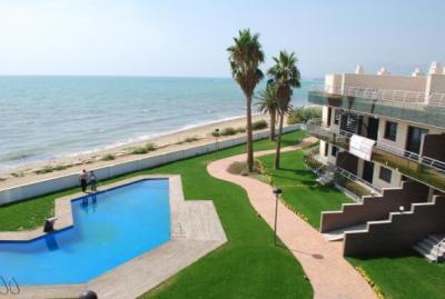 Апартаменты на берегу в Испании