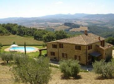 Каменный дом в Италии