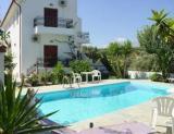 Вилла с бассейном остров Крит