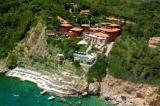 Продажа отеля на морском берегу