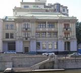 Дом на Озерковской набережной