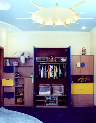 Встроенная и корпусная мебель на основе шкафов-купе, окна