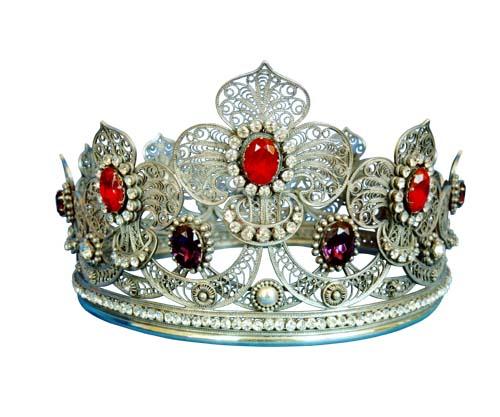 """По своим характеристикам короны равны венкам из  """"Березки """", но по красоте сильно их..."""
